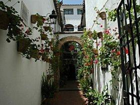 barrio-de-santa-cruz1