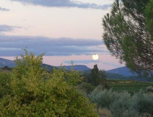La lune se lève...