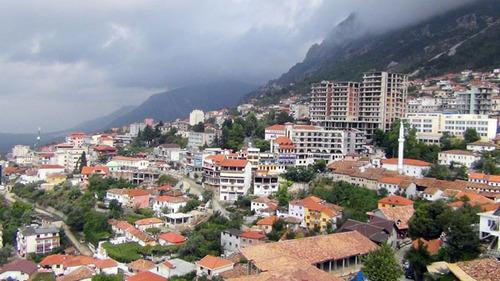 9-Albanie de Sköder à