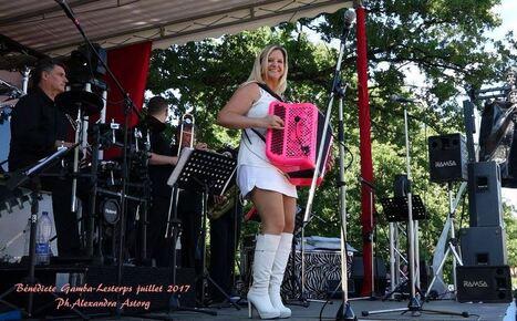 Bénédicte GAMBA ( accordéon )