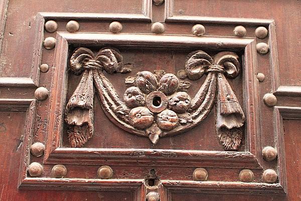 détail porte-4- Cahors (2)