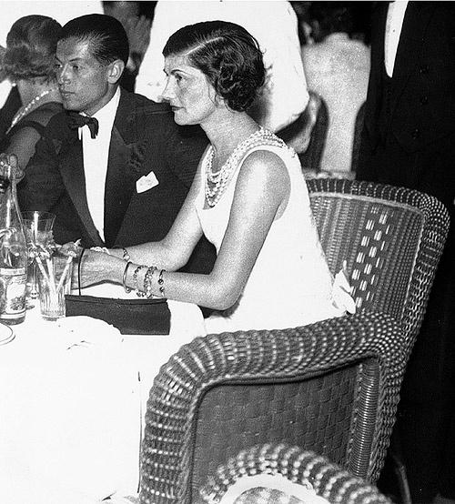 Coco Chanel (1883-1971) - Un parfum de solitude et de réussite.