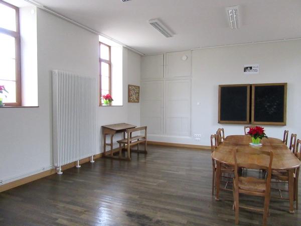La commune de Nesle et Massoult a rénové sa salle des Fêtes...