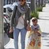 jessica-alba-easter-family-brunch-12 (1)