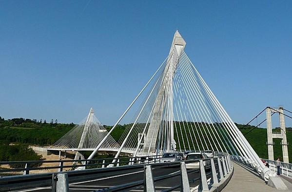 Pont-de-Terenez-27-4-11-P1180544-copie-1.JPG