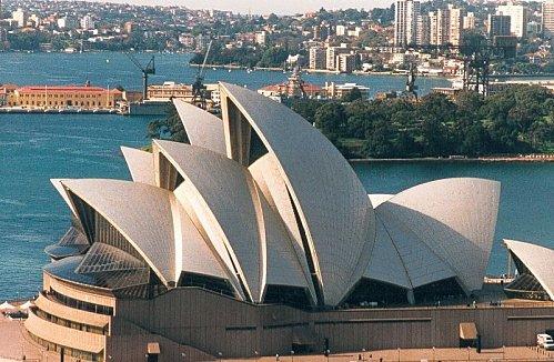 800px-Sydney 1999