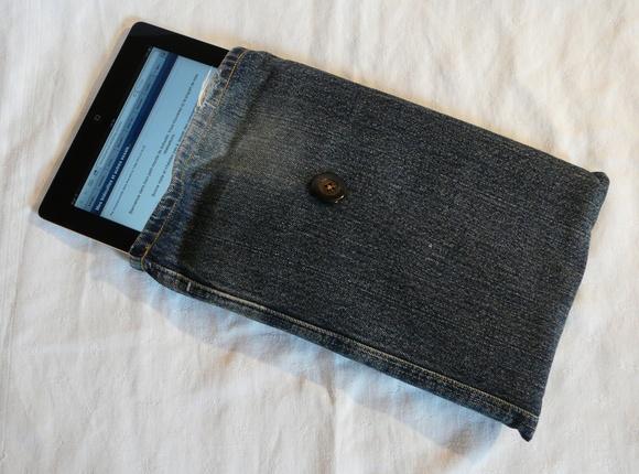 Housse iPad2 jean's doublée molletonnée