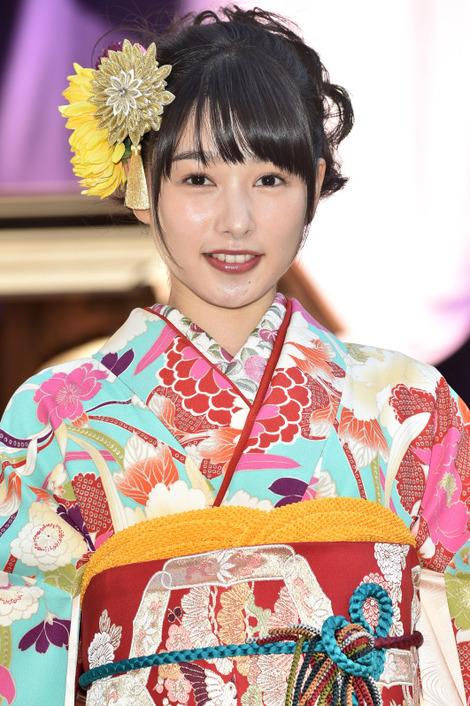 Models in Traditionnal Clothes : ( [マイナビニュース] - |2018.01.09 21H00| エンタメトップ - エンタメ - 芸能 / Hinako Sakurai/桜井日奈子 )