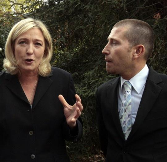 Un assistant parlementaire du FN payé 31.000 euros… pour un SMS