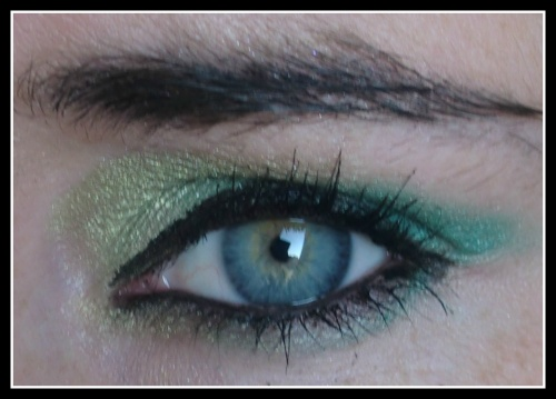Nat : Make-up du jour avec la palette 100 ELF