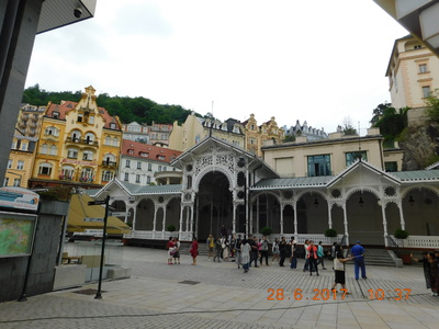 vOICI MA JOURNEE D'HIER A KARLOVY VARY
