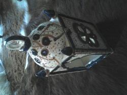 - Reconstitution d'une aiguière et d'une lanterne orientales médiévales