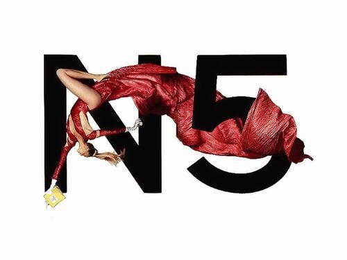 Chanel N°5!