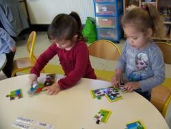 Die Kinder bei der Arbeit