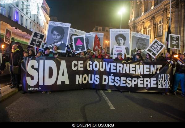 Appel à manifester le 30 novembre contre le Sida (PCF) dans - FRANCE - DOM-TOM qIhiJpj8bfucm0GwKXkZw9QqVto
