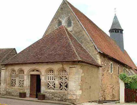 les peintures murales de l'église de moutiers en puisaye