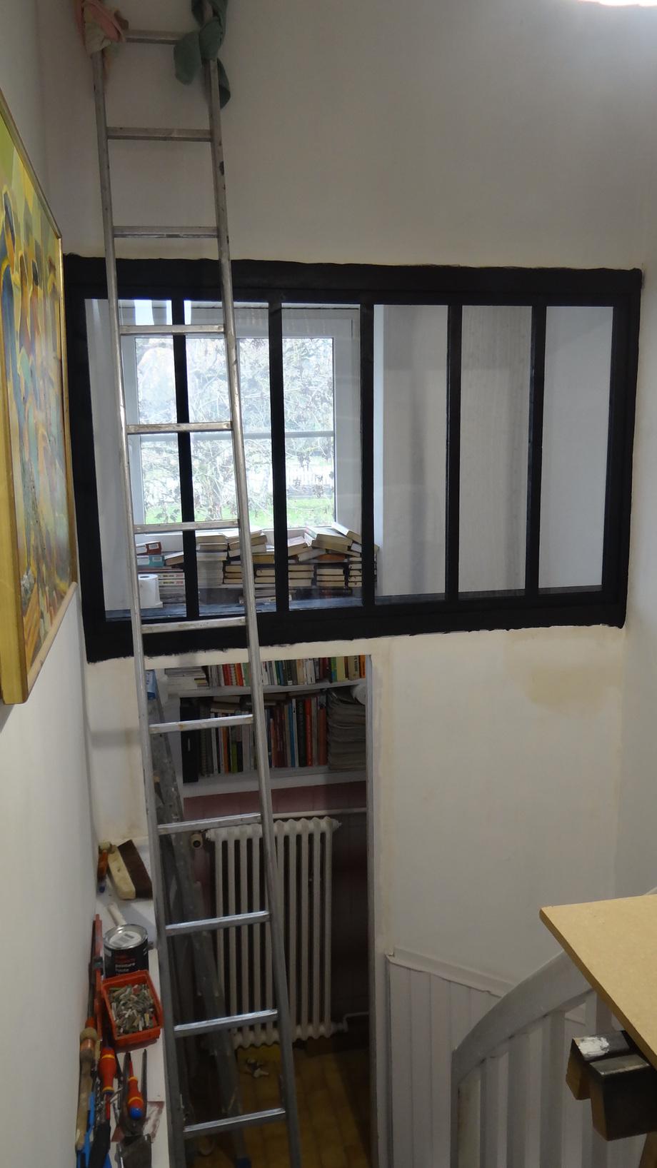 L'escalier et les Toilettes de l'étage (2)