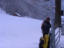Le Membre Actif et l'Eclaireur au siege social ou Le Pays Toy sous la neige