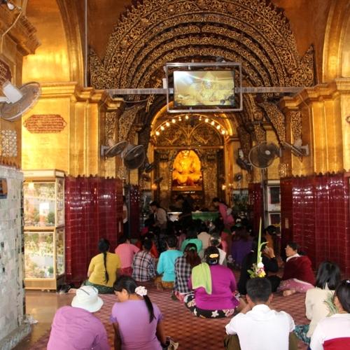 La pagode Mahamuni à Mandalay