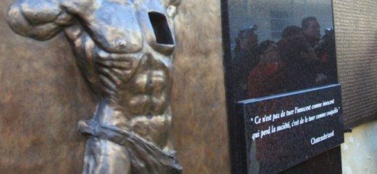 Un monument aux morts de la guerre d'Algérie dégradé dans l'Aude