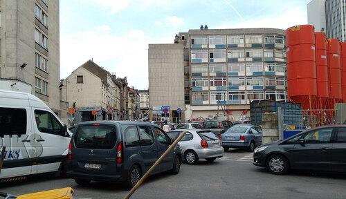 la sortie du parking Rogier