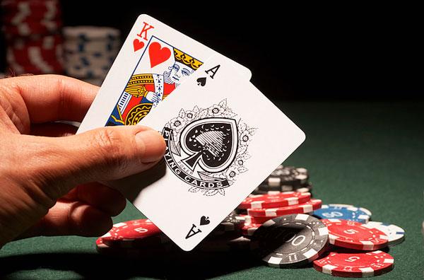 Blackjack: Peraturan dan Tips Strategi Bermain