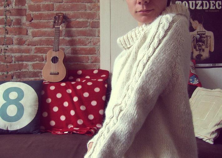 Si le père de peau d'âne avait su tricoter: #2 le pull couleur de lune