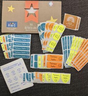[outil pour l'enseignant et les parents] les étiquettes A-qui-S