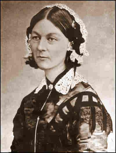 Née le 12 Mai 1820, la trop peu connue Florence Nightingale, Infirmière pionnière et courageuse