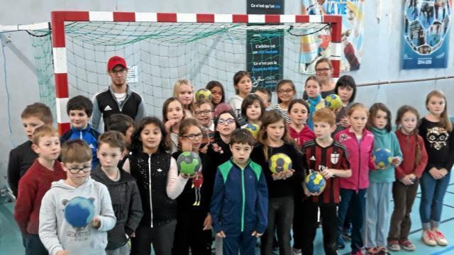 La dernière séance de handball aura lieu vendredi 15 décembre.