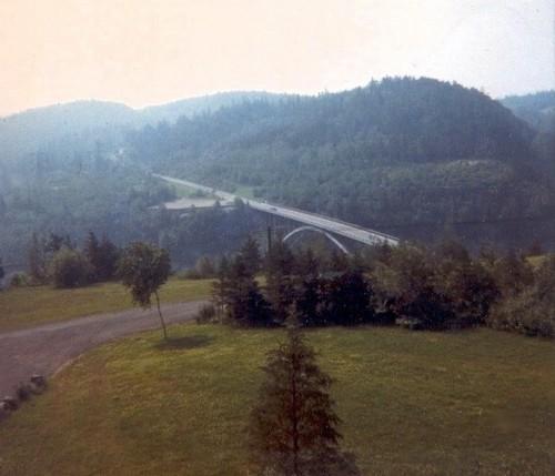 Québec 1967 : Pont d'aluminium - Laurentides
