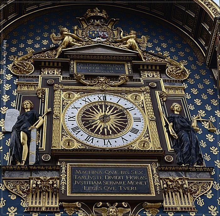 L'Île de la Cité : La Tour de l'Horloge