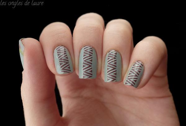Nail Art facile d'inspiration ethnique