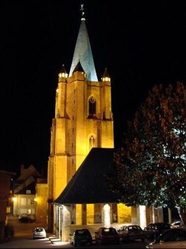 Donzenac-l-eglise-nuit.jpg