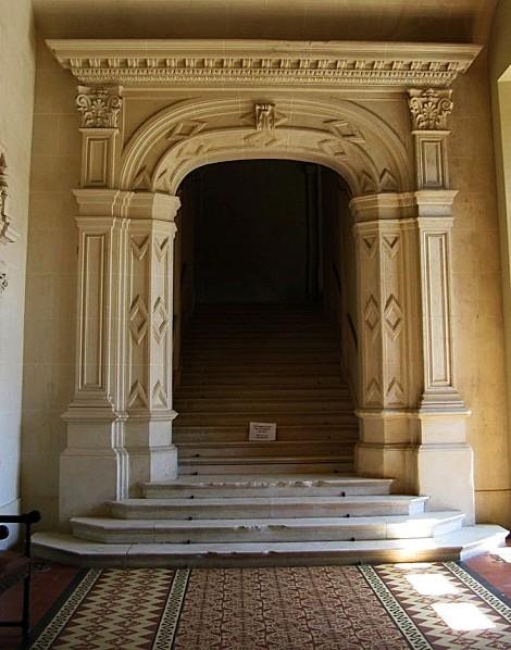 Trevarez--porte-escalier-IMG_0033.JPG