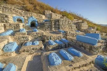 Je connais la ville bleue de Chefchaouen, pas les tombes bleues ...