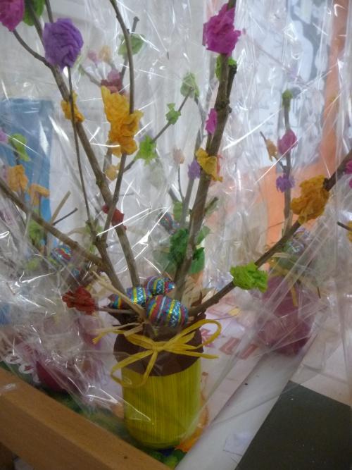 Notre bricolage de Pâques : un abre fleuri