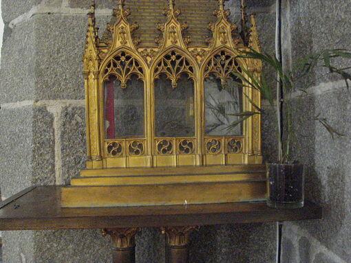 Saint-Germain le Scot Reliquaire Eglise Saint-Germain de Flamanville (2) ERNOUF Annie.JPG
