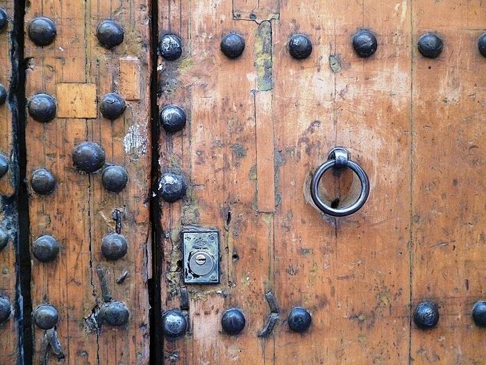 Portes et fenétres, matiéres et couleurs