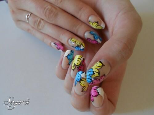 Nail Art Fleurs Colorées