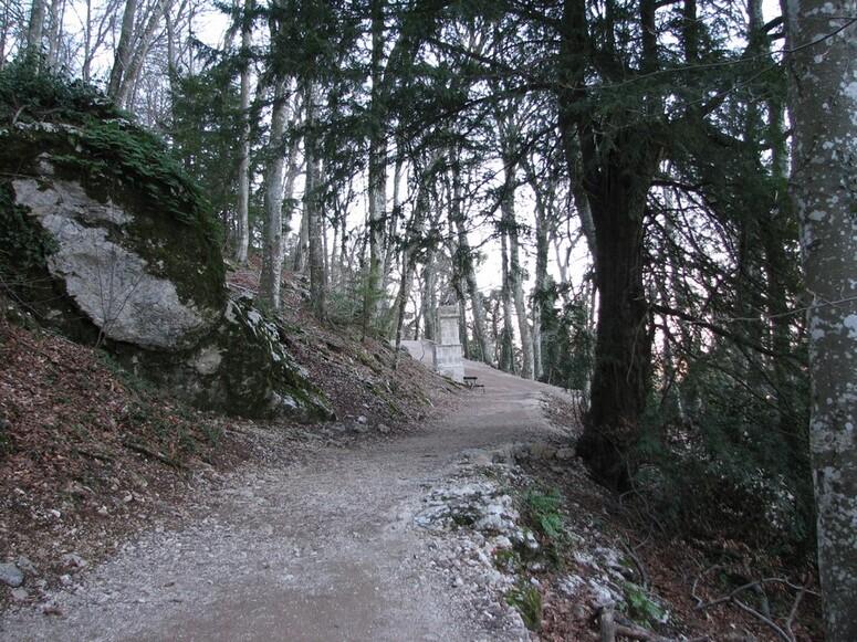 oratoire sainte baume grotte marie madeleine