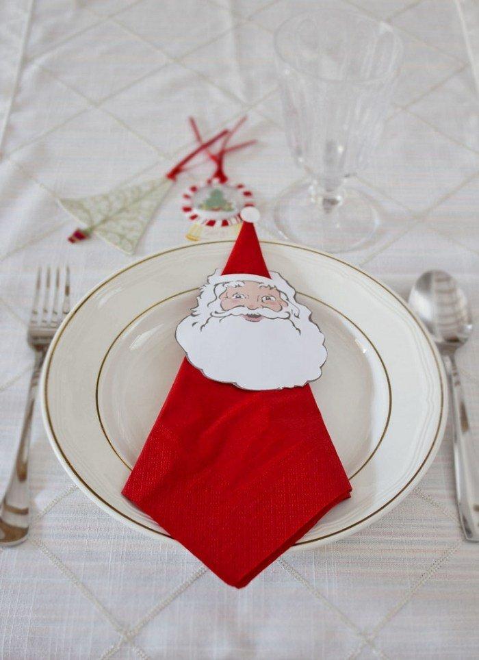 pliage-serviette-Noel-serviette-rouge-père-Noel pliage de serviette pour Noël