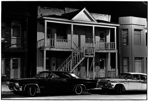 19 - Voitures ambiance noir et blanc