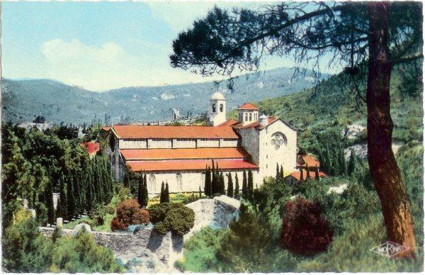 Languedoc-Roussillon Aude Narbonne Fontfroide 11100 02