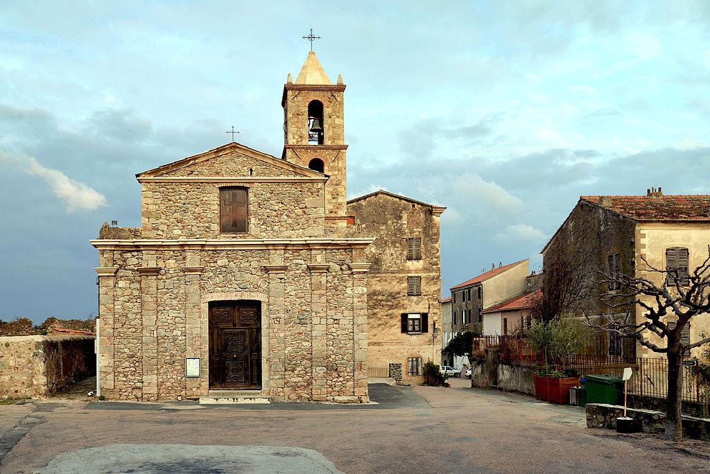 Aléria église Saint-Marcel.jpg