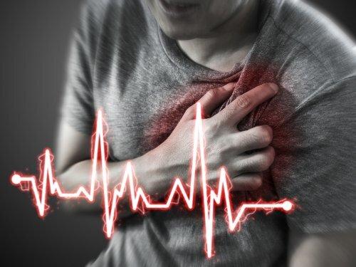 Homme qui a un infarctus