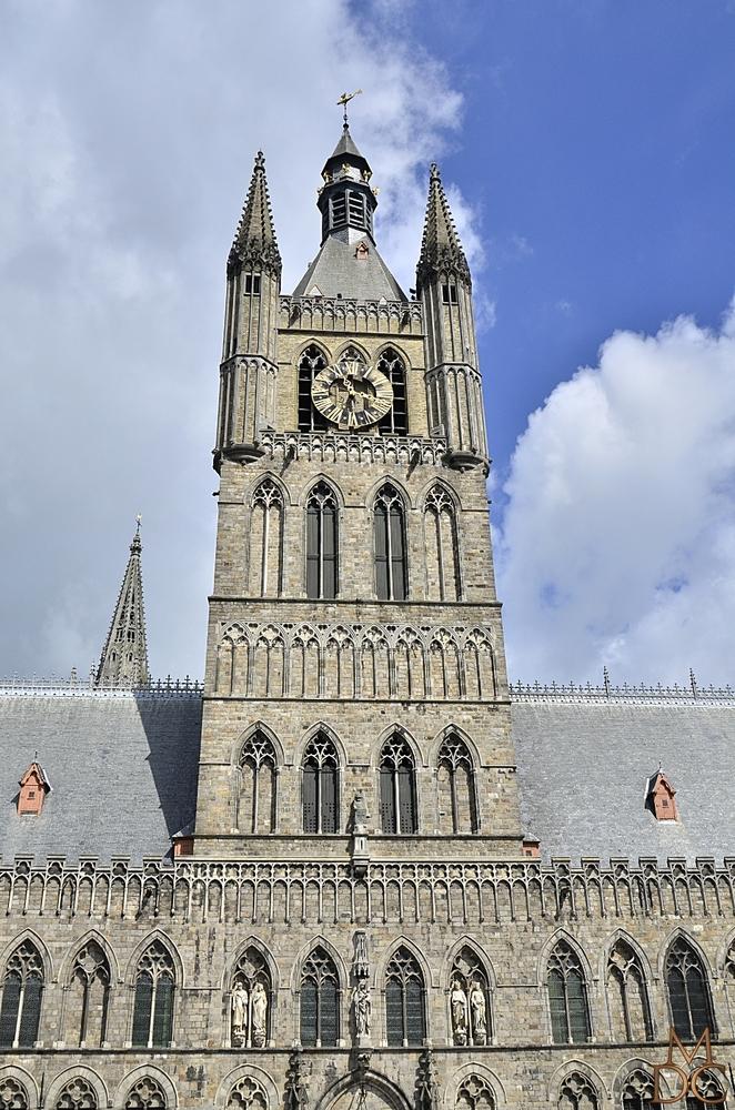 Beffroi d'Ypres (Flandre, Belgique)