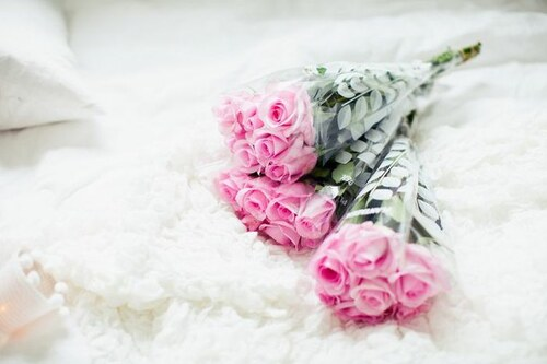 boy, roses, Dream, rode, girl, pink, surprise, sweet, cute, give me flowers, smile, flores, amazing, lol, fashion, cool, flowers, love