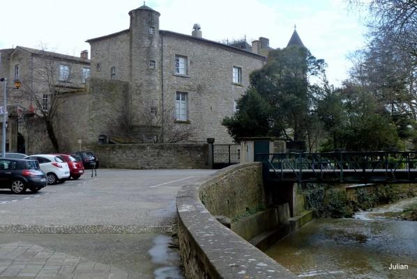 z09---Chateau-de-Villegly.JPG