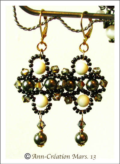 Boucles Dormeuses Pyrite, Corail Blanc / Vermeil & Gold Filled - Pyrite & White Coral Earrings